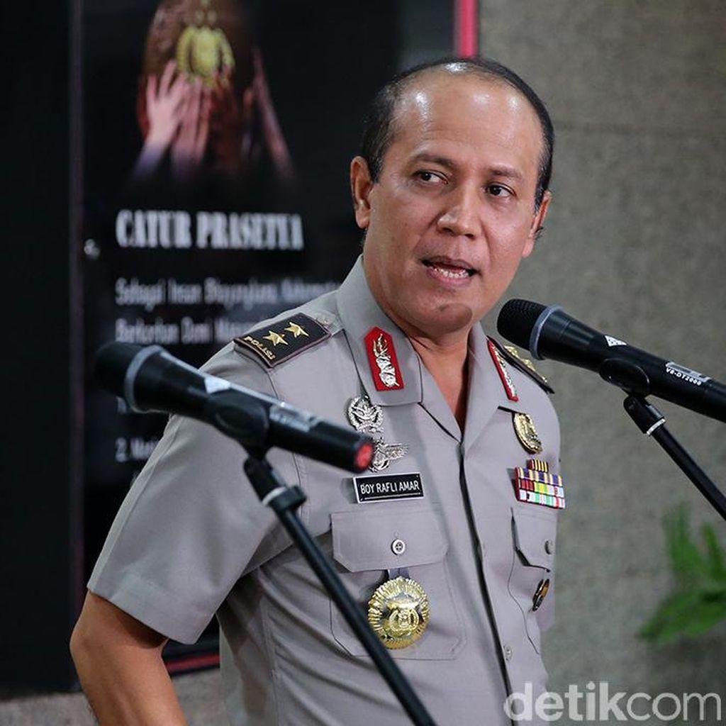Polisi Tangkap Aa Gatot Brajamusti Terkait Narkoba
