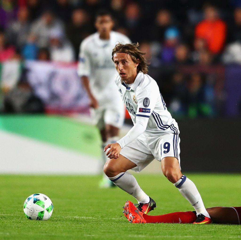 Bale: Modric Pemain Penting untuk Madrid