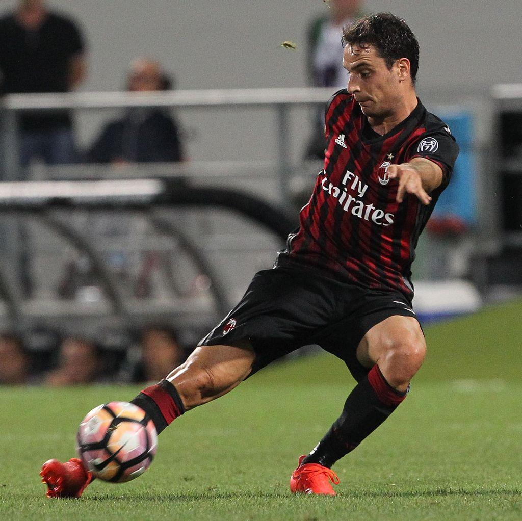 Milan Tatap Laga Lawan Napoli dengan <i>Pede</i>