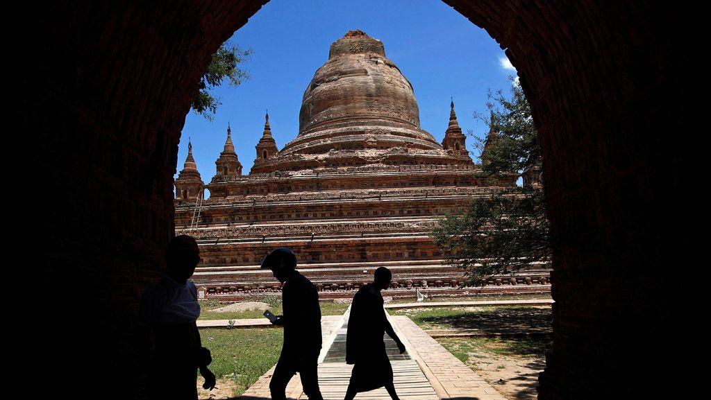 Pagoda dan Kuil Rusak Imbas Gempa di Myanmar