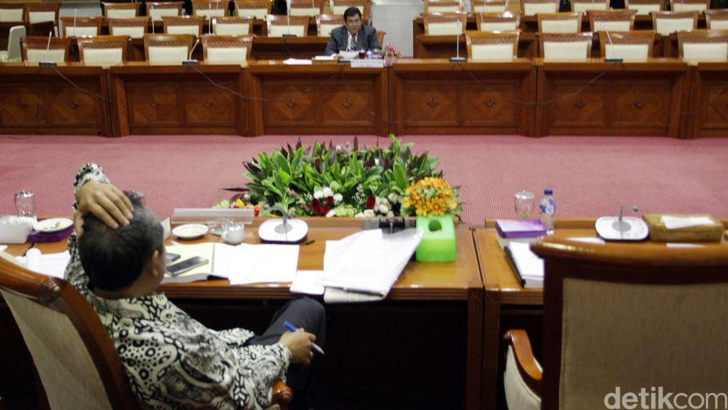 Seleksi Calon Hakim Agung, Ruhut Ungkit Tertundanya 10 Eksekusi Mati