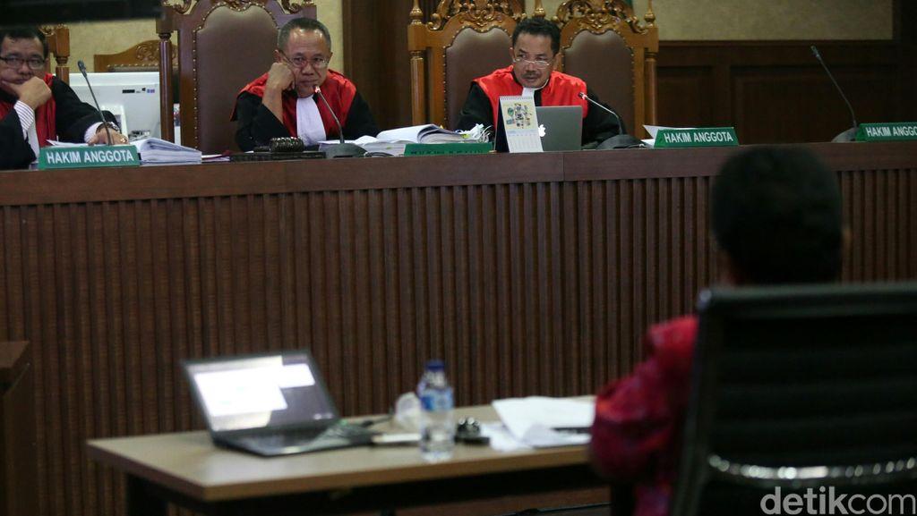 Jessica Tak Komentari Keterangan Saksi Ahli, Sidang Dilanjutkan Pekan Depan