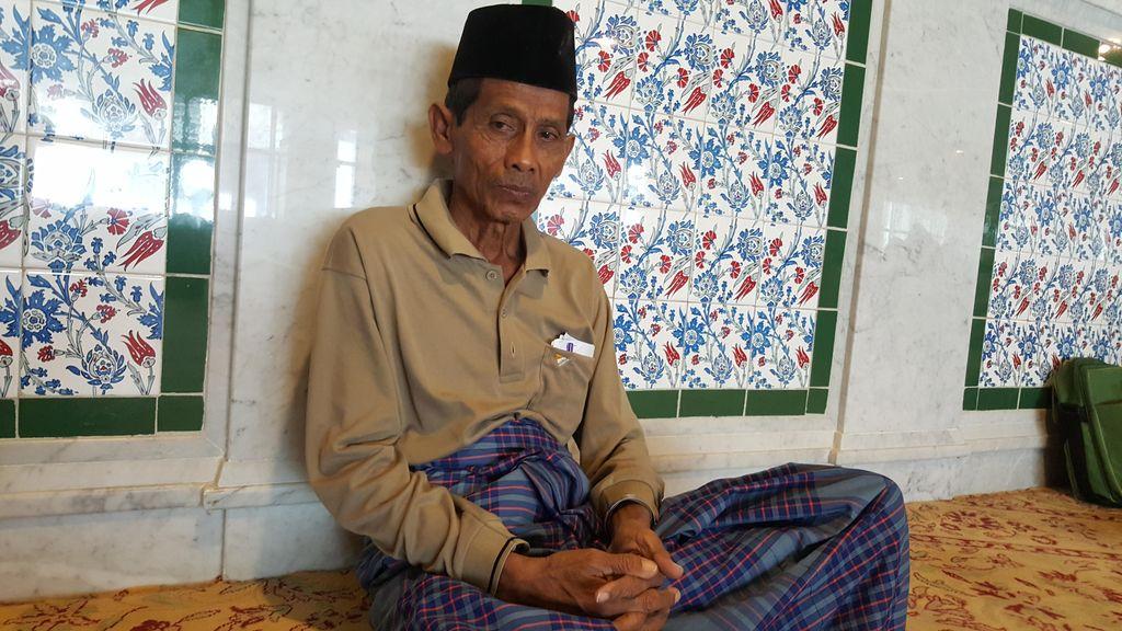 Tekad Kadarusno Bertahun-Tahun Menabung dan Melawan Penyakit Agar Bisa Berhaji
