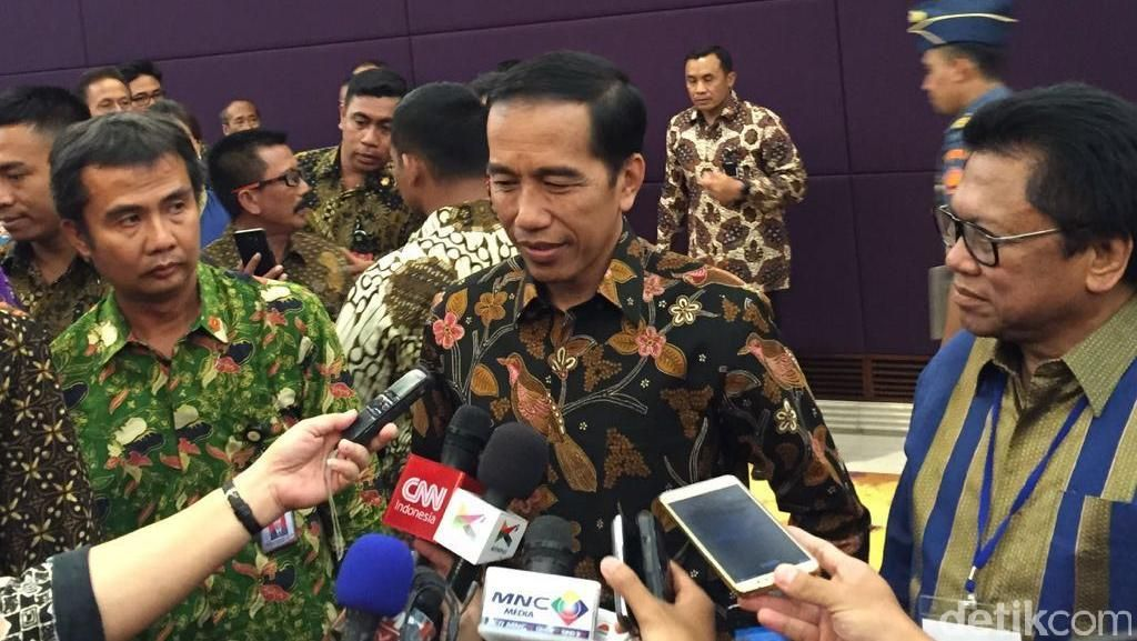 Setelah Tunda DAU, Jokowi Janji Terbitkan PP Hak Keuangan Pimpinan DPRD