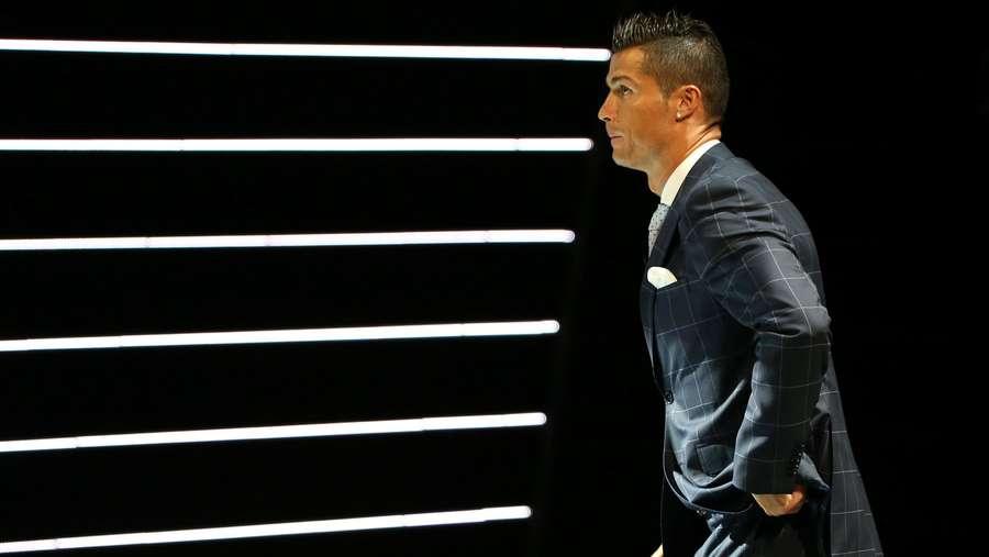 Ronaldo Akan Pensiun di Umur 41 Tahun