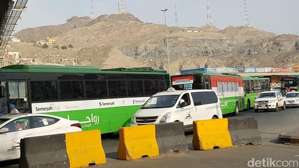 Rawan Kecelakaan, Hati-hati dan Gunakan Underpass Saat Menyeberang di Makkah