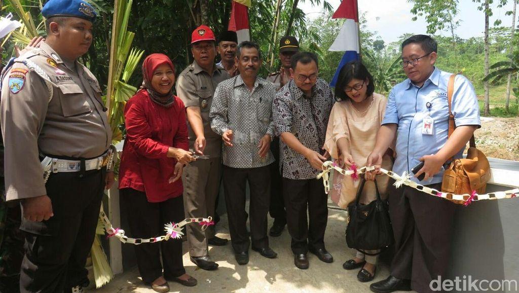 Alumnus STAN dan ITB Bantu Pembangunan Jembatan Penghubung Desa di Lebak