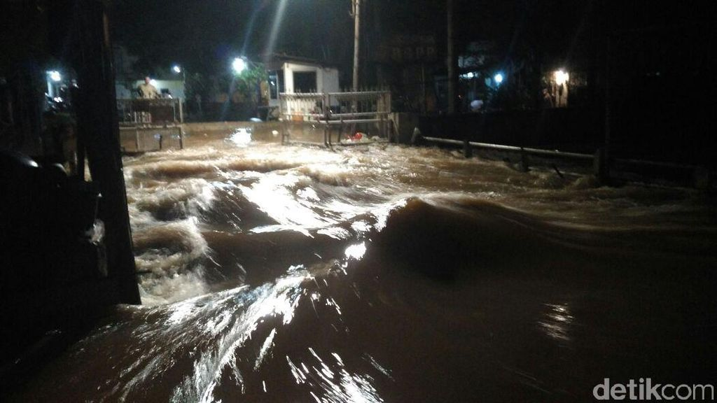 Ini Penyebab Kali Krukut Meluap dan Sebabkan Banjir Parah di Jaksel