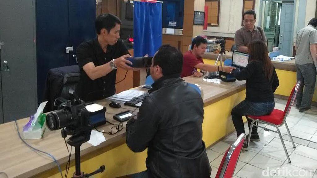 Blangko e-KTP Dibatasi Pusat, Ridwan Kamil: Desentralisasi Setengah Hati