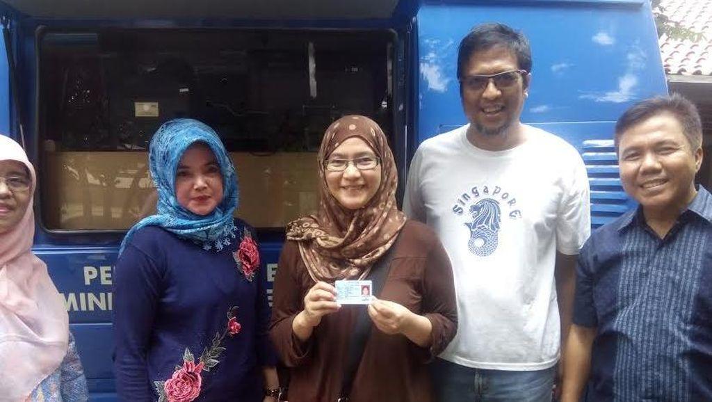 Urus e-KTP Hilang Lewat Mobile di Kelurahan Mampang 10 Menit Jadi