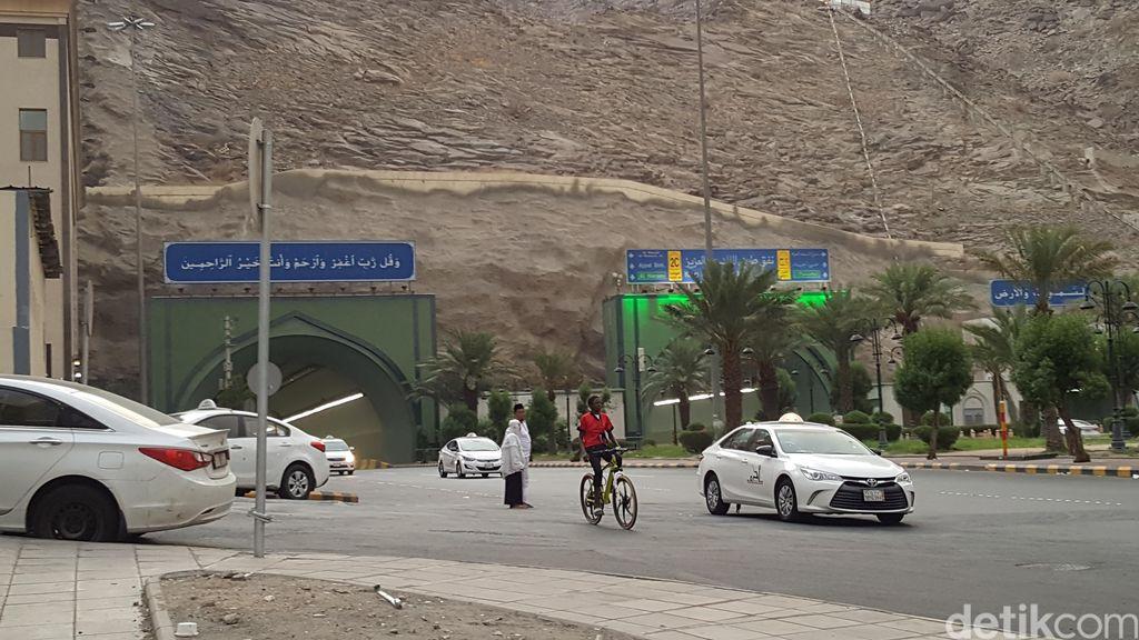 Menjaga Keselamatan di Jalanan Kota Makkah