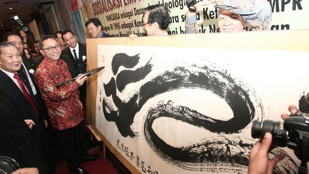 Bertemu Forum Tionghoa, Ketua MPR: Meski Beragam Kita Tetap Satu