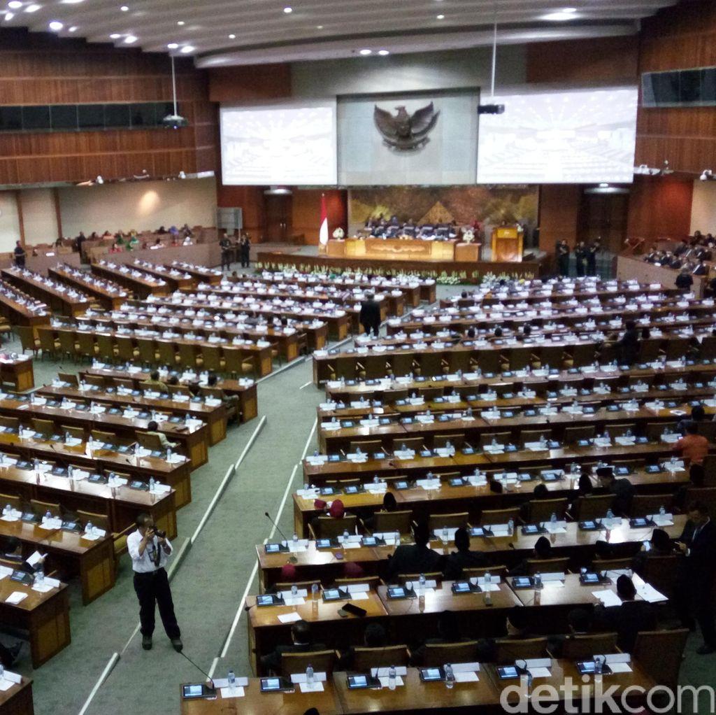 DPR Masih Perdebatkan PKPU, Ini Penjelasan Komisi II