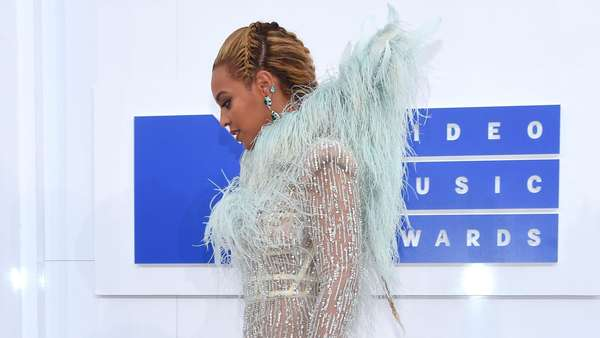 Beyonce Ajak Sang Putri, Blue Ivy ke MTV VMA 2016