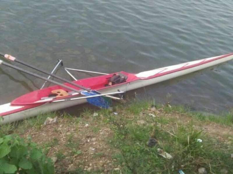 Mahasiswa Tenggelam di Danau Cipule Karawang saat Berlatih Perahu Rowing