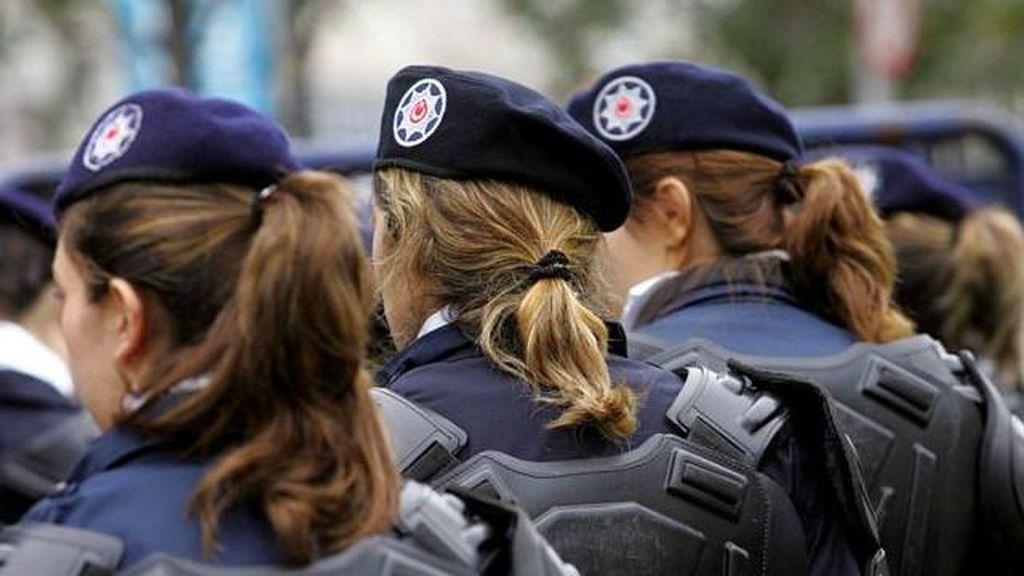 Turki Cabut Larangan Jilbab di Kepolisian