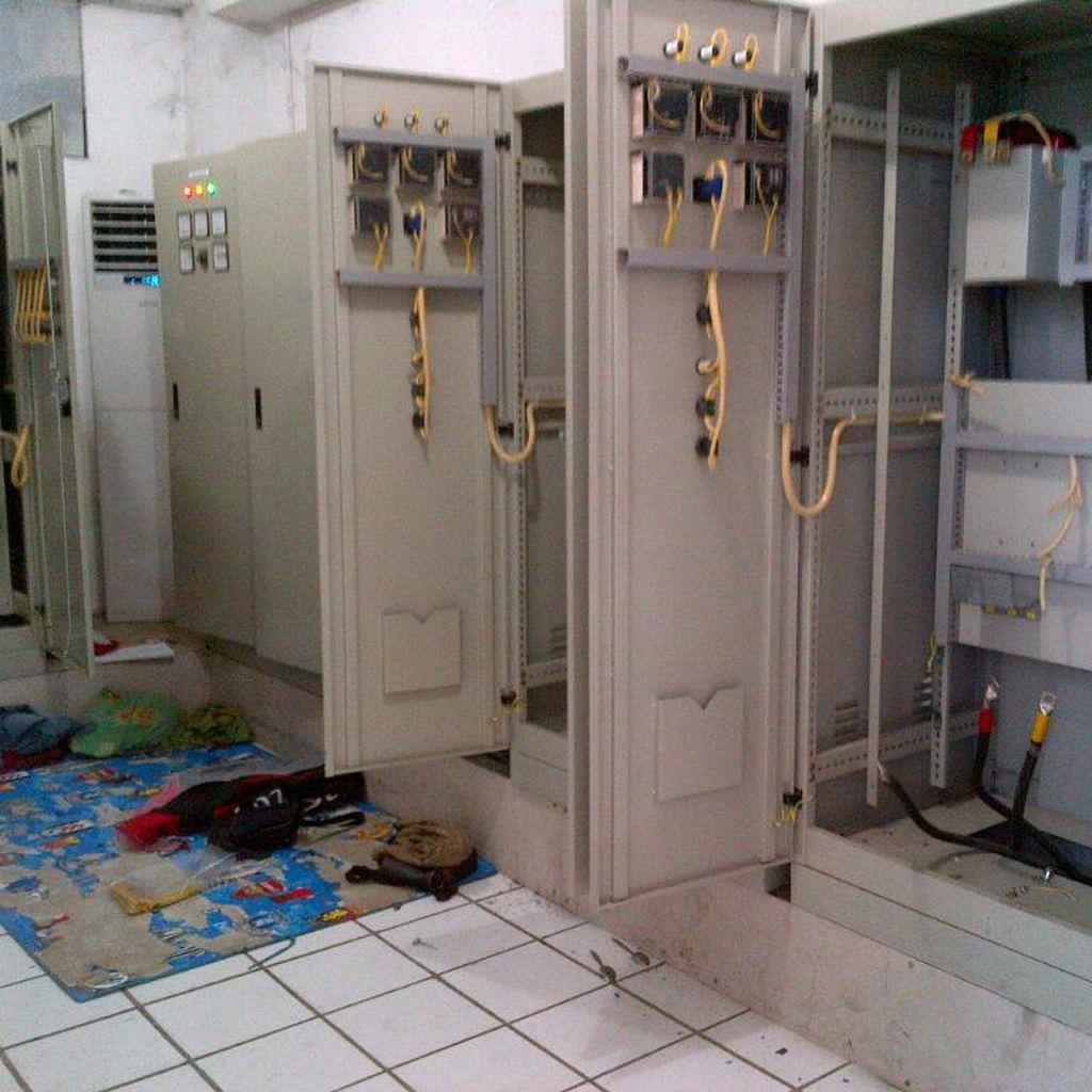Panel Listrik Rumah Pompa Penghalau Banjir Rob Semarang Dicuri