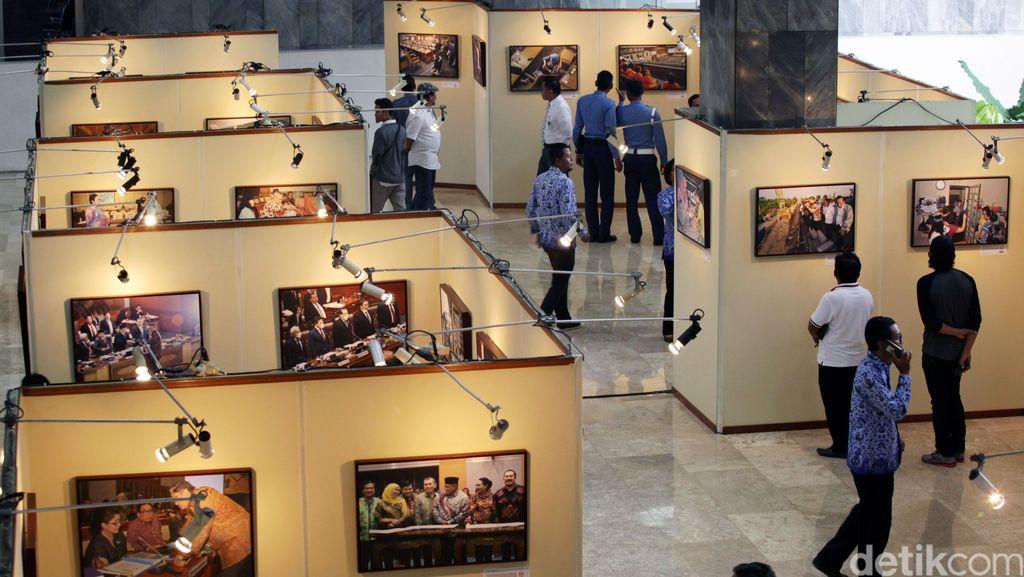 Pameran Foto Wartawan Parlemen