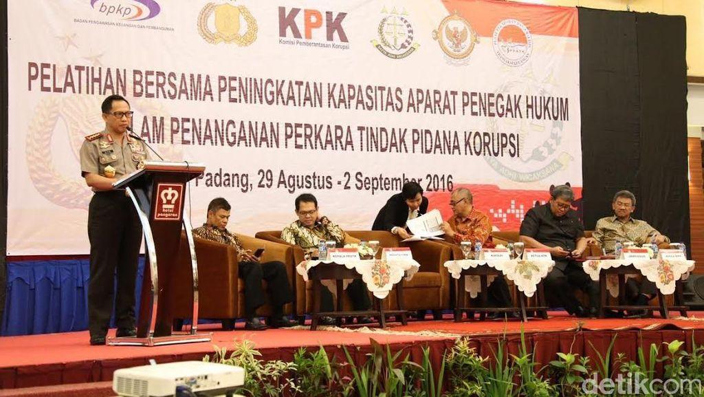 Polri Kerjasama dengan KPK Sikat Korupsi, Kapolri: Korupsi Berdampak Buruk!