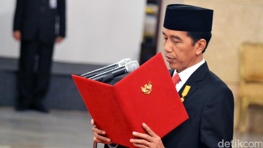 Jokowi: Yang Ajukan Nama Calon Menteri ESDM Banyak Sekali