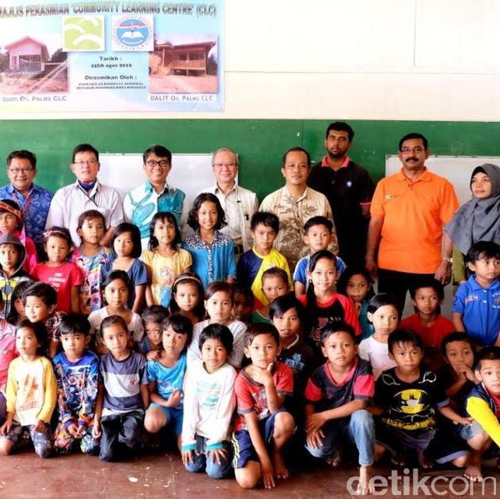 Melihat Sekolah Bagi Anak WNI di Ladang Sawit di Malaysia