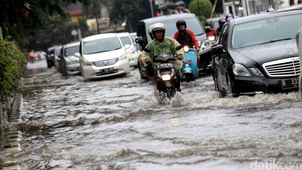 Jalan Protokol Ibukota Banjir