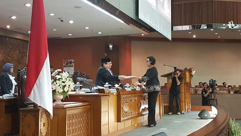 Potret Kemesraan Sri Mulyani dengan Pimpinan DPR di Senayan