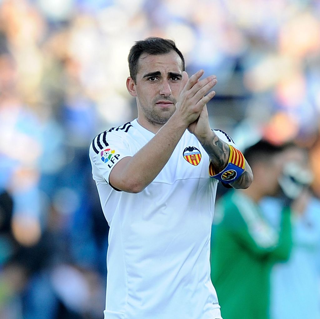 Barca Resmi Dapatkan Paco Alcacer