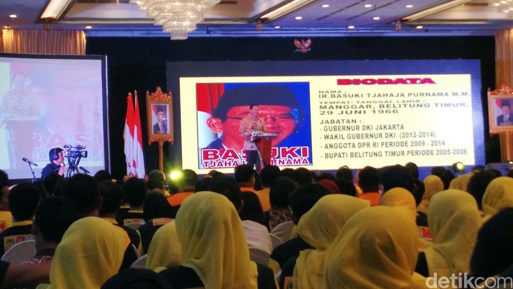Di Acara Golkar, Ahok Tak Lupa Menyapa Menteri dari PDIP: Penting Soalnya