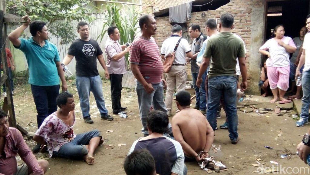Gerebek Permukiman Narkoba di Medan, Polisi Bergumul dengan Pelaku di Sawah