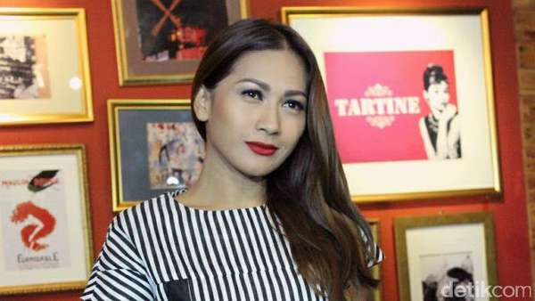 Tata Janeta Rilis Single Korbanmu