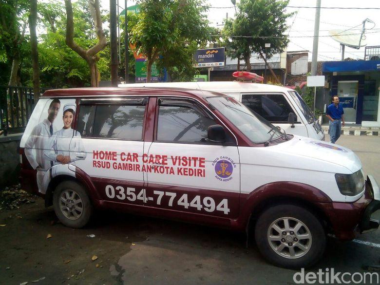 Mobil Home Care, Jemputan Gratis ke RS untuk Warga Tak Mampu di Kediri