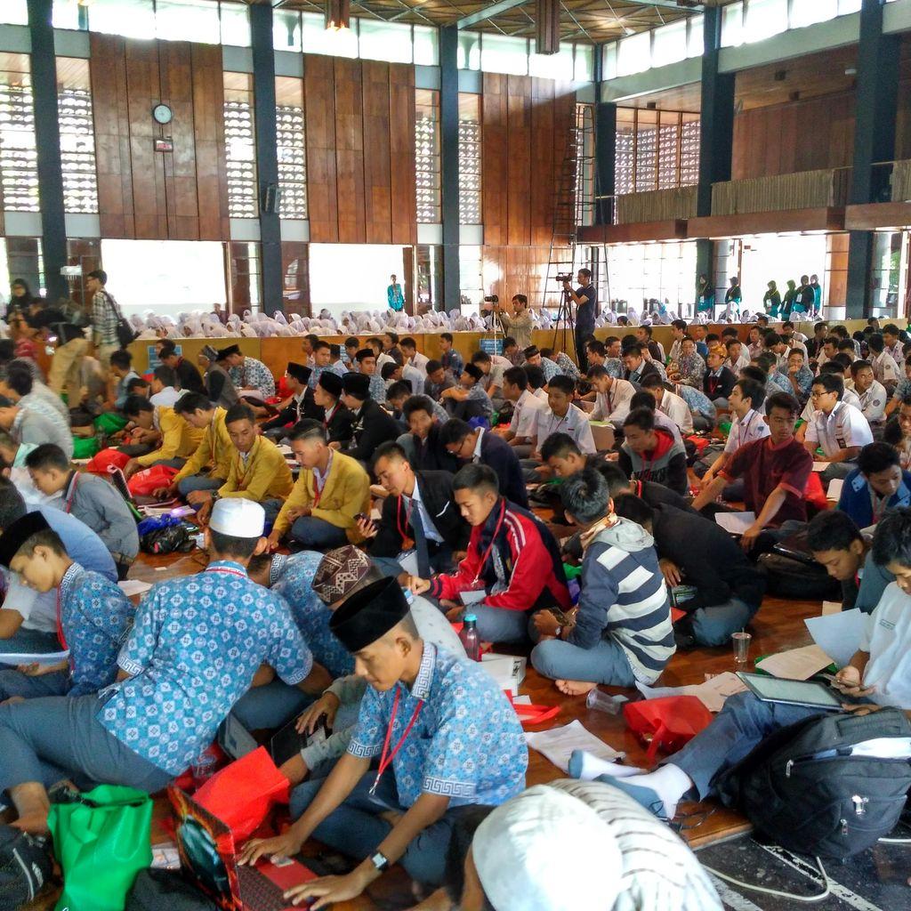 1.000 Pelajar SMA se-Jawa Barat Ikut Olimpiade Halal di Masjid Salman ITB
