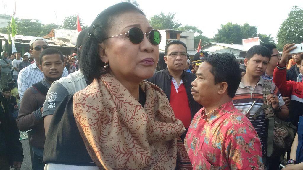 Tolak Penertiban, Ratna Sarumpaet dan Politisi Gerindra Datangi Rawajati