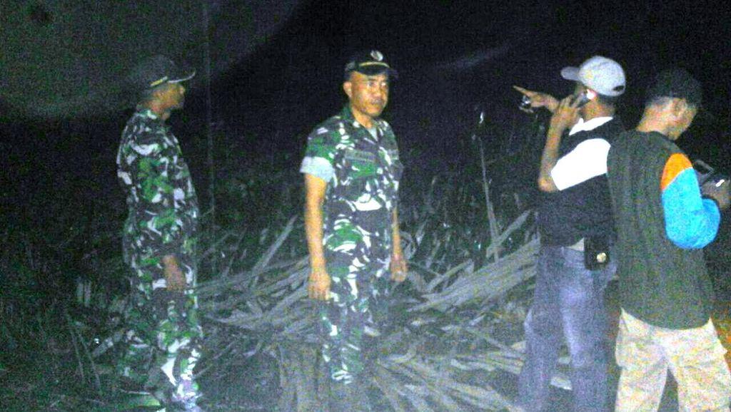 Longsor dan Banjir Tutup Akses Jalan di Cianjur, Personel TNI Diterjunkan