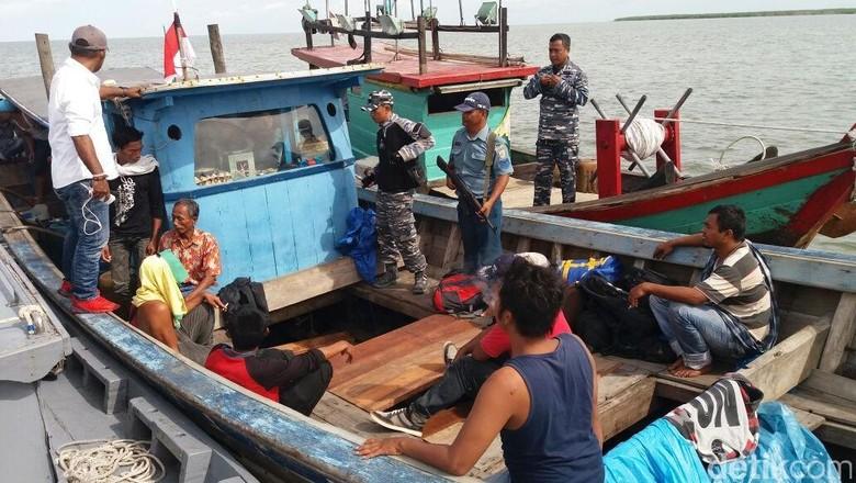TNI AL Gagalkan Penyelundupan 20 TKI Ilegal Tujuan Malaysia di Sumut