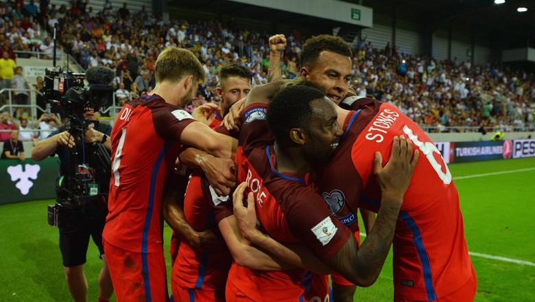 Gol Dari Lallana Menangkan Inggris