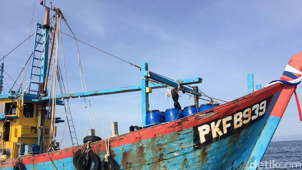 Polri Tangkap Satu Kapal Ikan Berbendera Malaysia di Perairan Selat Malaka