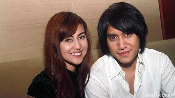 Mesranya Kevin Aprilio dan Vicy Melanie