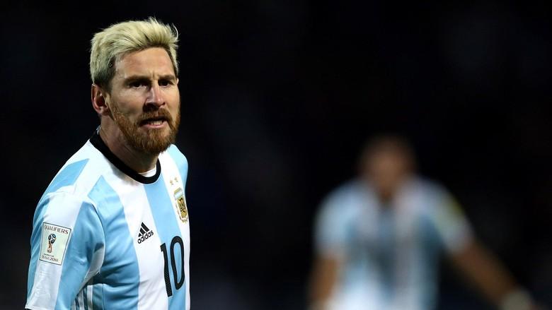 Messi Punya Alasan Mengubah Warna Rambut Menjadi Blonde