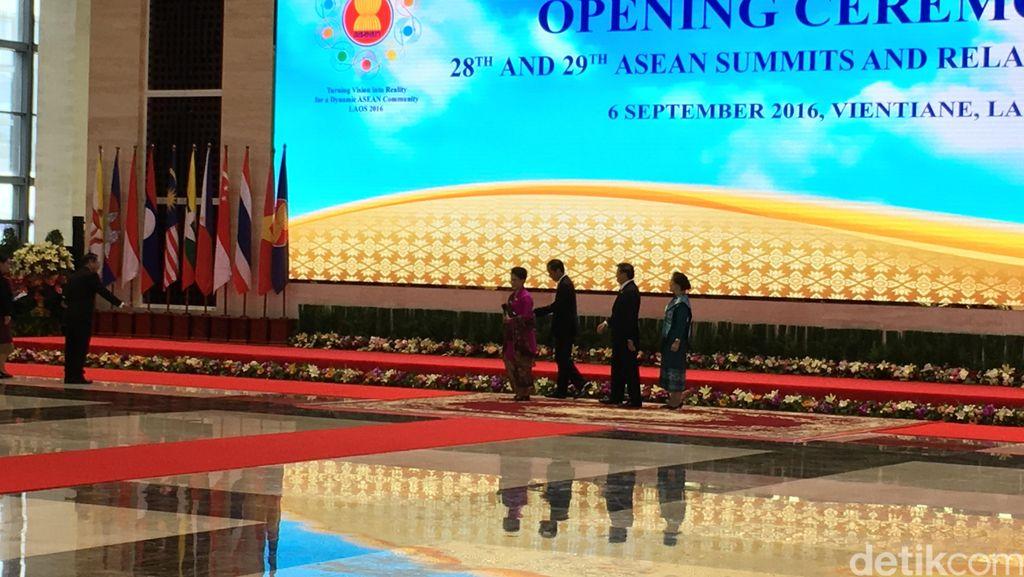Jokowi: Negara ASEAN Wajib Jaga Perdamaian di Rumah Masing-masing