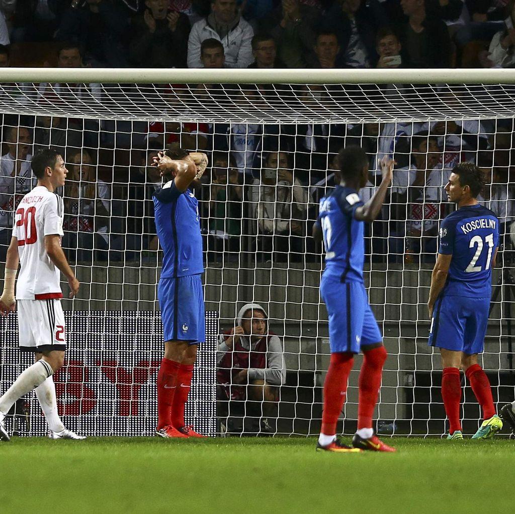Deschamps Sesalkan Prancis yang Buang-Buang Peluang