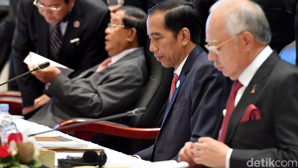 Jokowi: Hubungan ASEAN-Jepang Jangan Hanya Sebatas Komik Manga