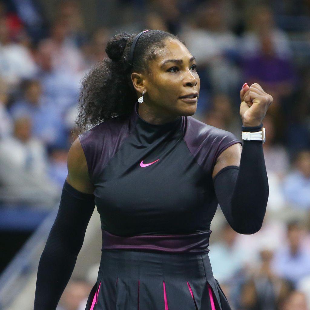 Serena ke Semifinal Usai Kalahkan Halep dalam Tiga Set