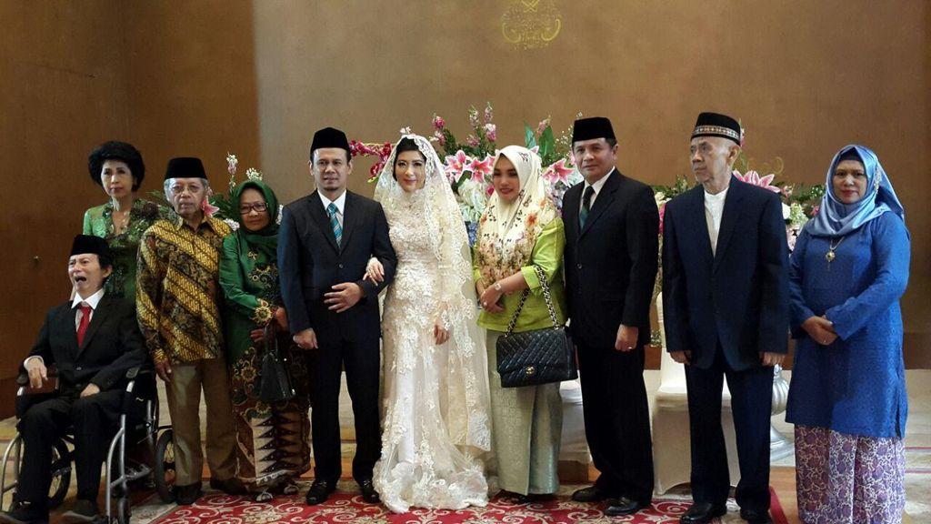 Pernikahan Ketiga Mahfudz Siddiq, Agatha Lily Jadi Mualaf