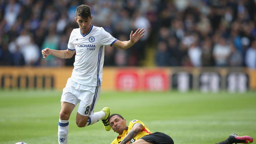 Conte Hidupkan Oscar Kembali