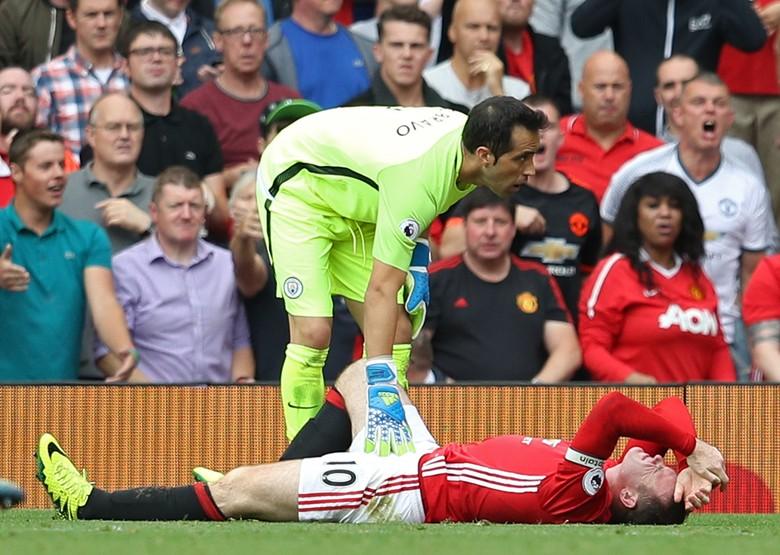 Mourinho Sebut Keputusan Wasit Rugikan MU