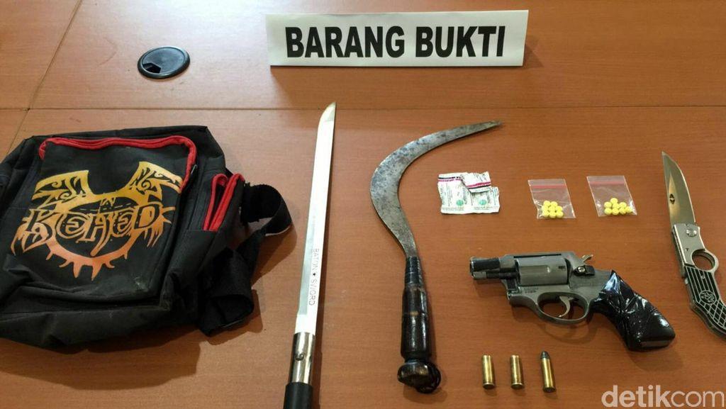 Berusaha Kabur, Residivis Kasus Penganiayaan di Cianjur Ditembak Polisi