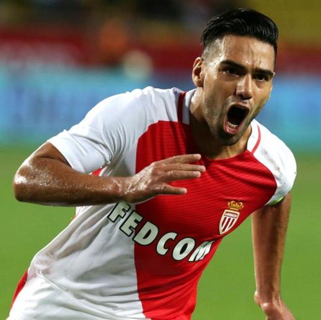 Monaco Anggap MU dan Chelsea Kurang Sabar dengan Falcao