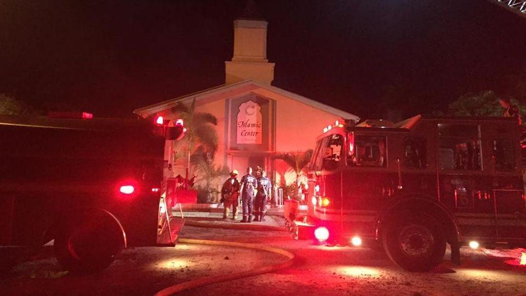 Islamic Center Fort Pierce di Florida Dibakar, Polisi Buru Pelaku